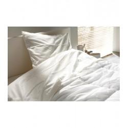Couette blanche CONFORT 350 gr 220 x 240 cm 2 personnes - K40001